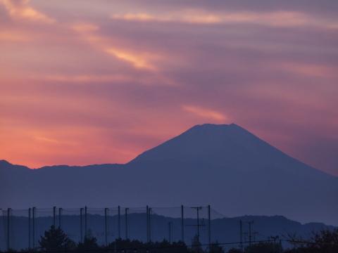 213_s_9234_ep1_50-200swd_富士山_20111127.jpg