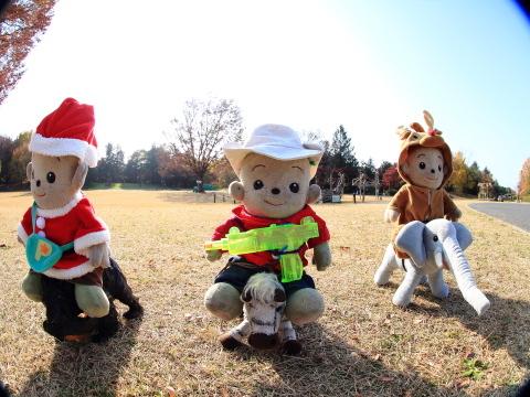 016_s_IMG_3539_60d_8-15feye_ぬいぐるみ_昭和記念公園_20111130.JPG